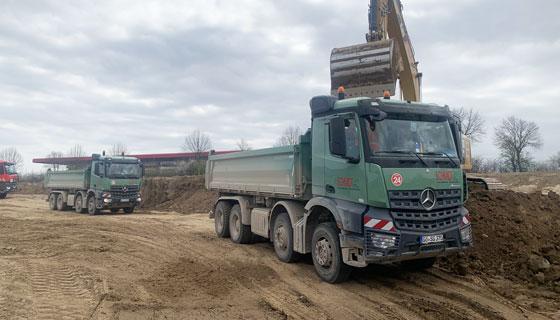 Transport von Schüttgütern und Asphalt